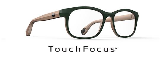 ワンタッチで遠近を瞬時に切替!液晶レンズ技術搭載「TouchFocus™」
