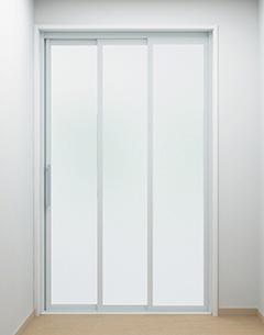 ドアは「3枚引戸」タイプも選択できる
